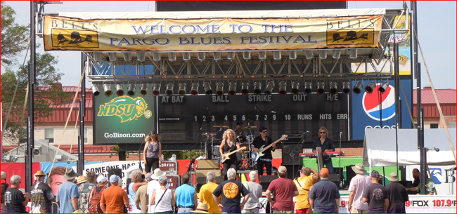 Laurie Morvan Band wows the crowd at Fargo Blues Festival